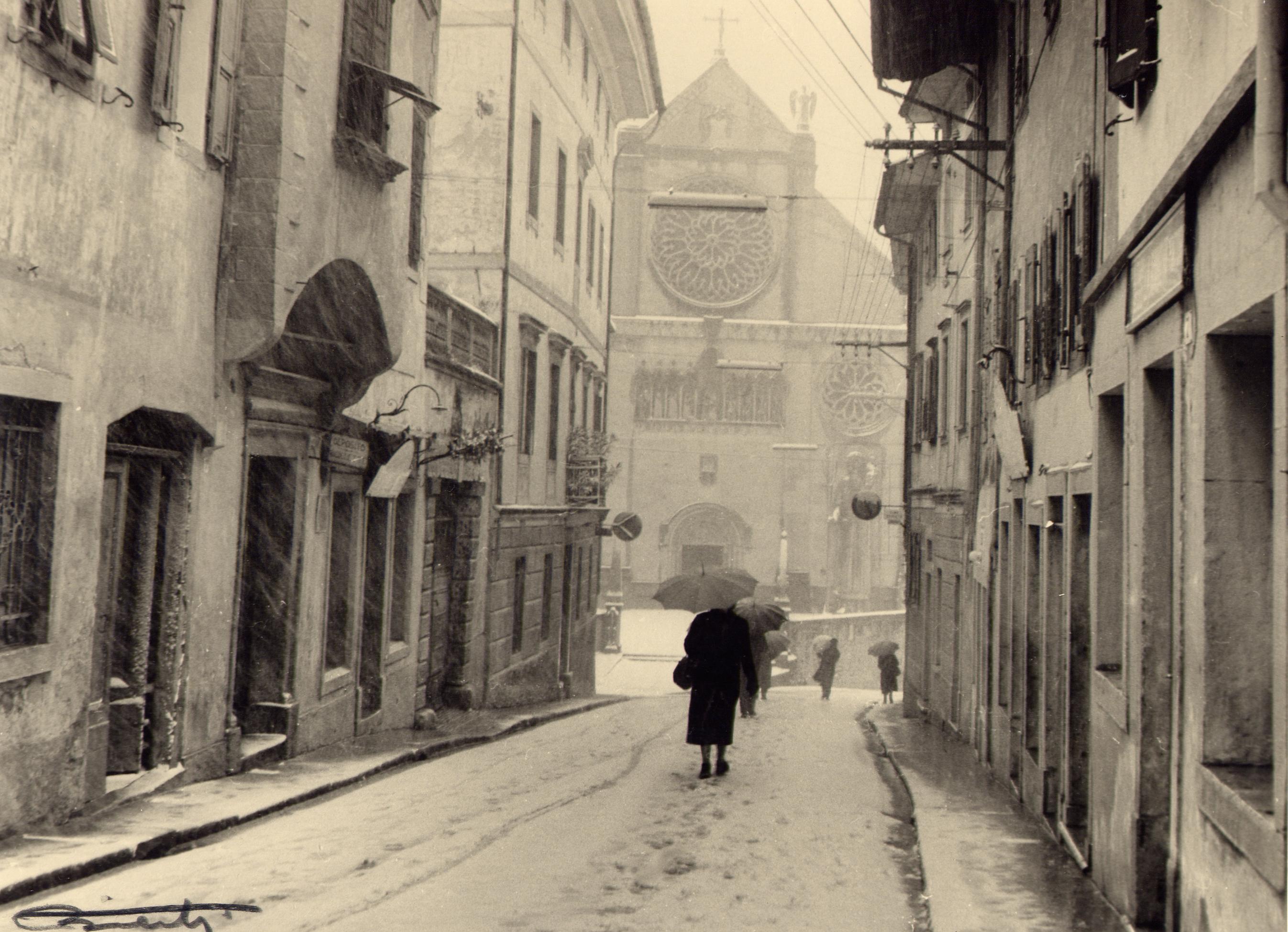 1956 via Bini